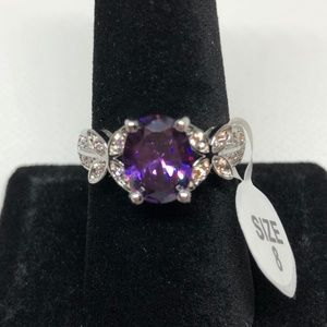 Jewelry - Oval Cut Amethyst Floral Silver Band Ring Size 8